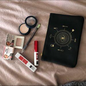 Makeup bundle 💕